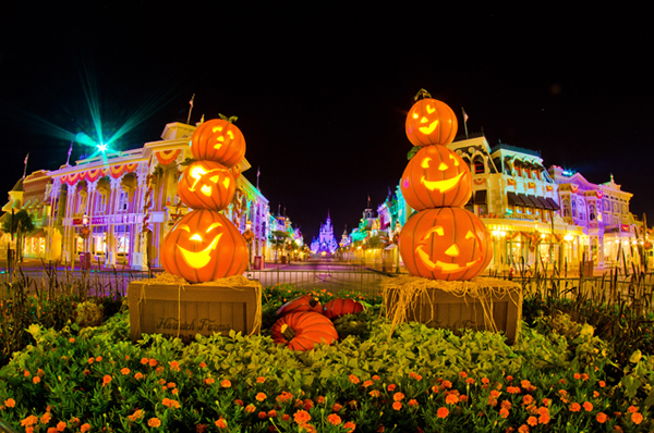 Magic Kingdom na Mickey's Not So Scary Halloween Party | (c) Touring Plans