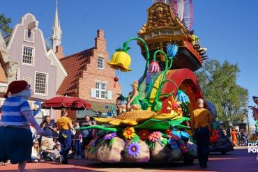 Parada Disney personagens Magic Kingdom Peter Pan
