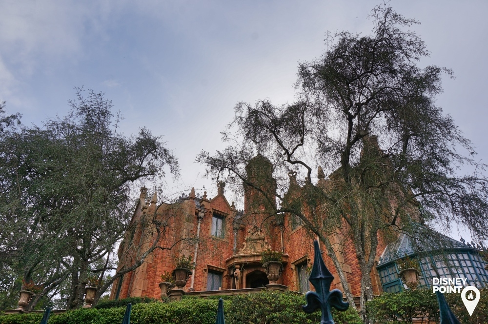 Liberty Square Haunted Mansion Magic Kingdom Disney