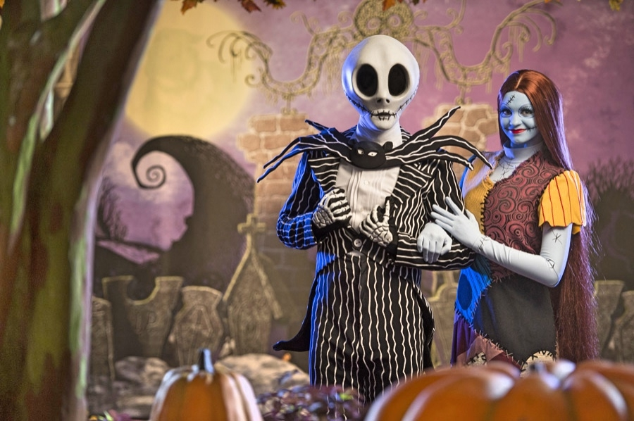 Disney Point Halloween Jack Sally