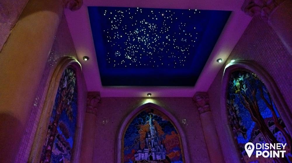 Disney Point Suite Castelo Cinderella Magic Kingdom Banheiro Teto