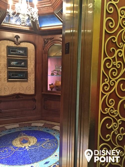 Disney Point Suite Castelo Cinderella Magic Kingdom Elevador