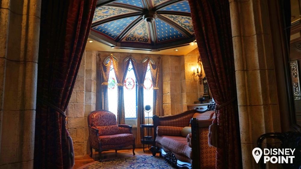 Disney Point Suite Castelo Cinderella Magic Kingdom Sala 3