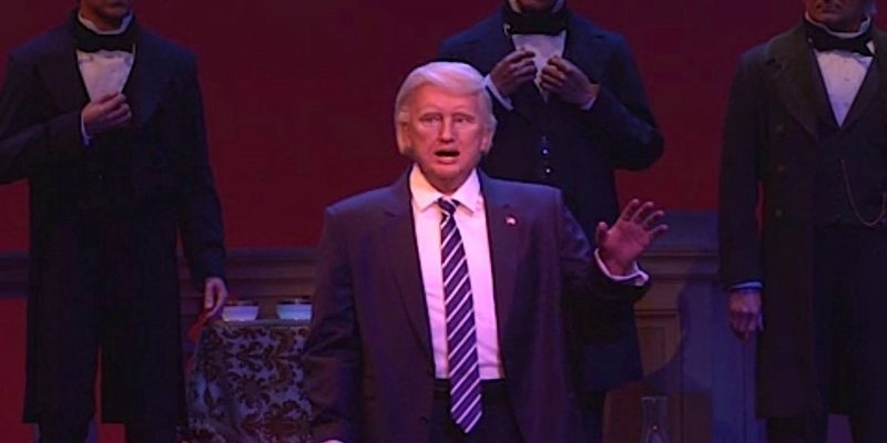 Disney Point Hall of Presidents Magic Kingdom Donald Trump