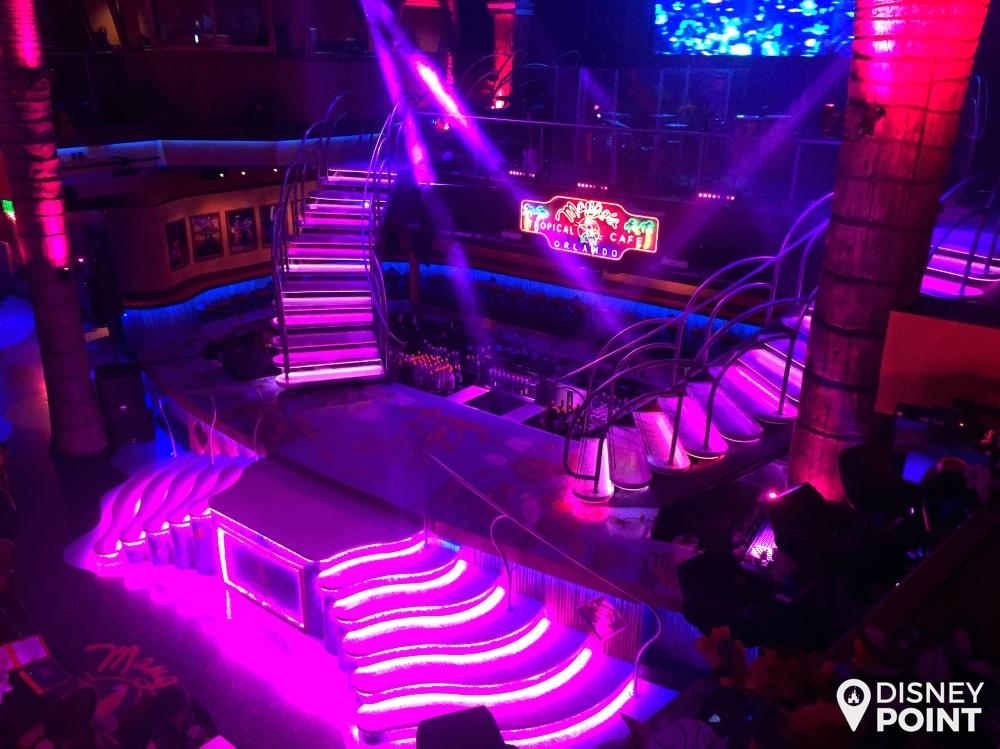 Vista básica do palco pra quem senta lá em cima!
