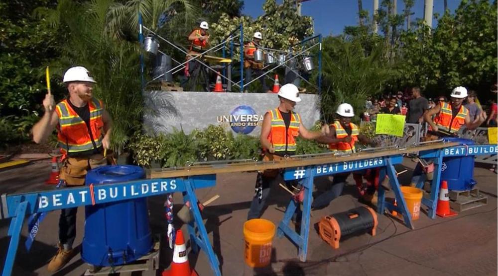 Beat Builders, fazendo percussão no Universal Studios