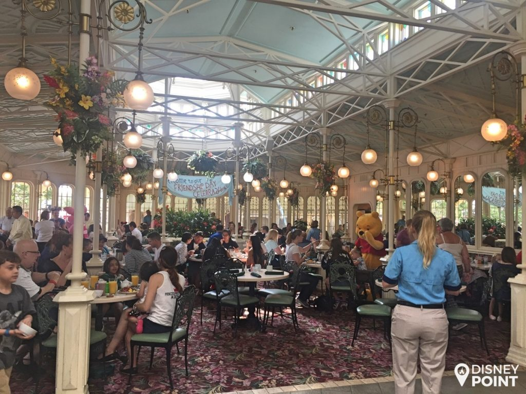 Disney Point Crystal Palace Magic Kingdom Ambiente