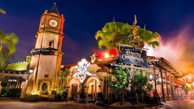 Disney Point Magic Kingdom Halloween Pirates