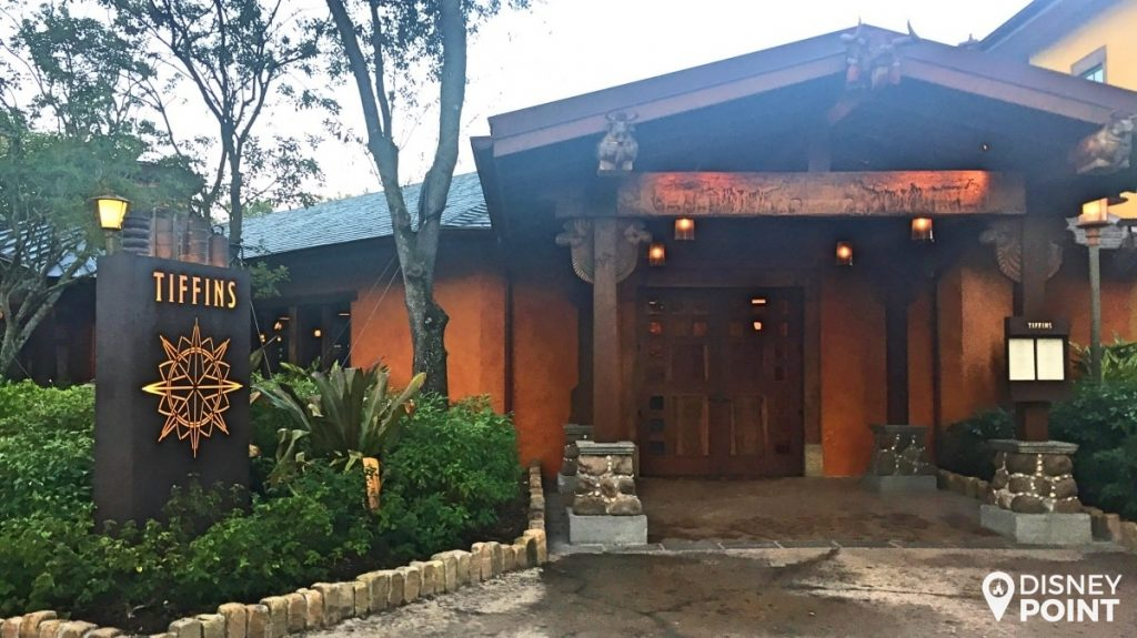 Disney Point Animal Kingdom Tiffins Entrada-min