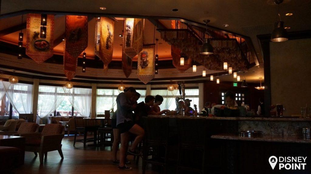 Disney Point Animal Kingdom Tiffins Nomad Lounge-min