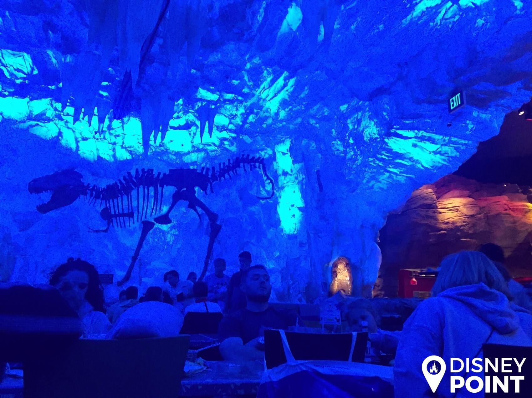 Disney Point T-Rex Dinossauros Springs Caverna de Gelo-min