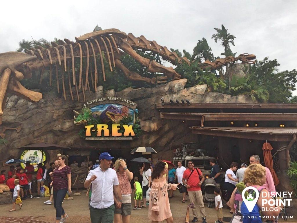 Disney Point T-Rex Dinossauros Springs Entrada-min