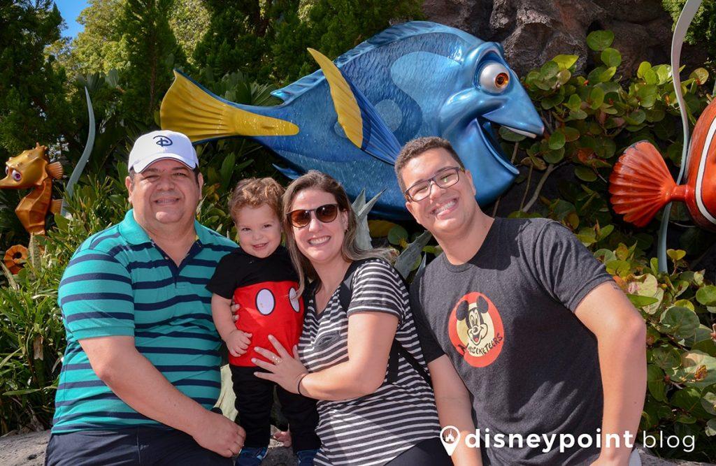 Disney com crianças de colo