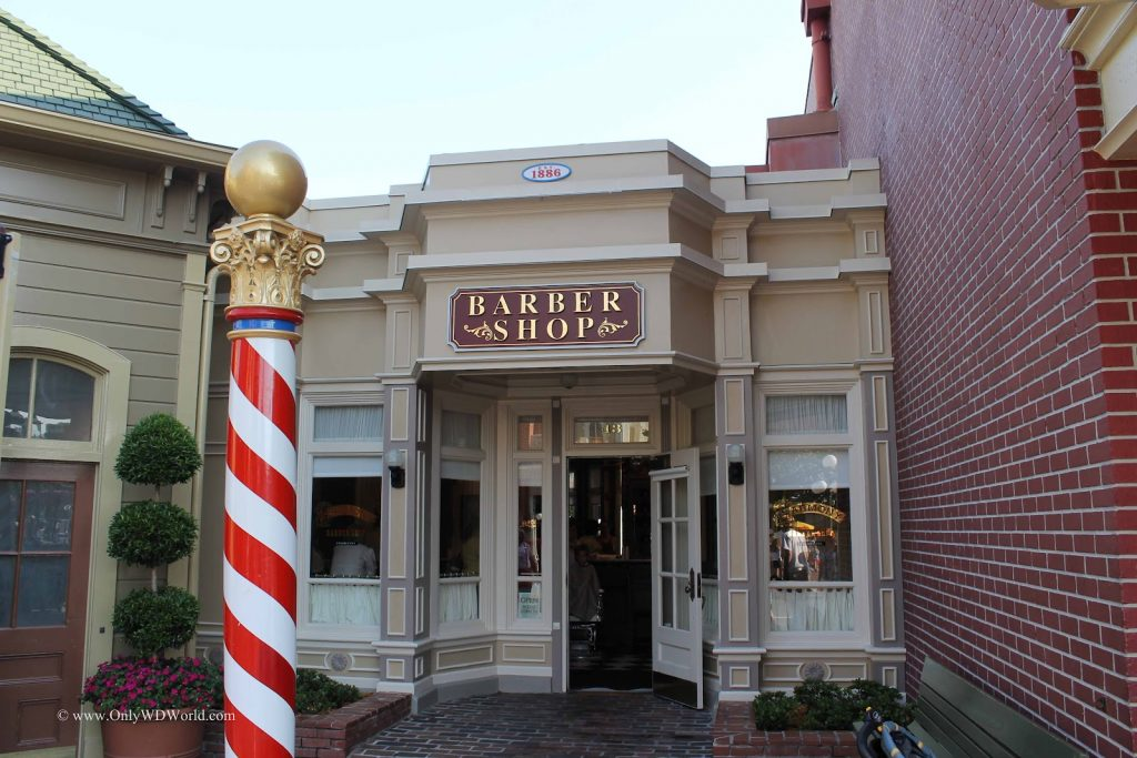 Entrada da Harmony Barber Shop no Magic Kingdom