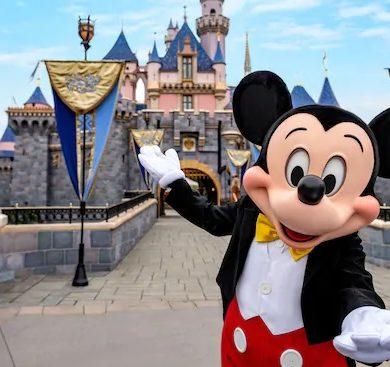 Disneyland anuncia data de reabertura