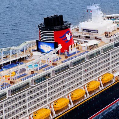 Disney Cruise Line suspende cruzeiros de julho 2021