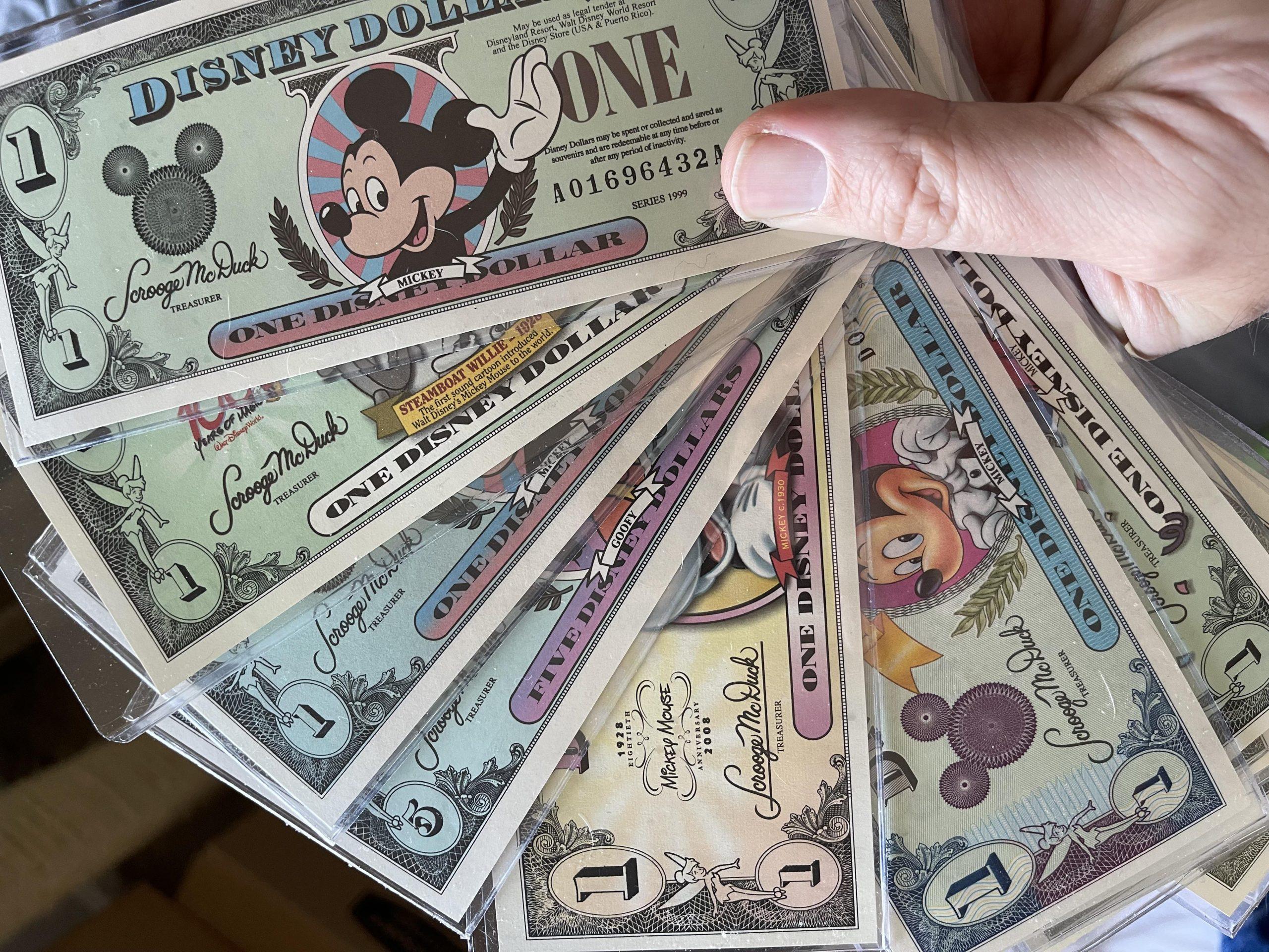 O que são Disney Dollars