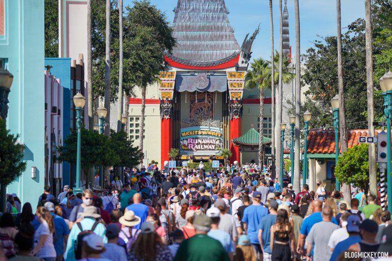 Disney aumenta capacidade de visitantes